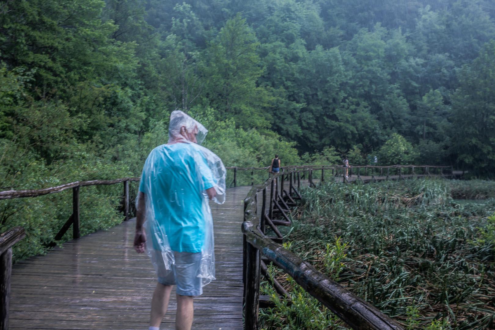 Parque Nacional Plitvice bajo la lluvia
