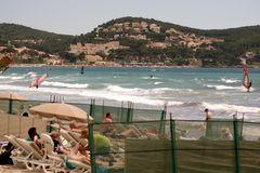 Parqués sur la plage .....