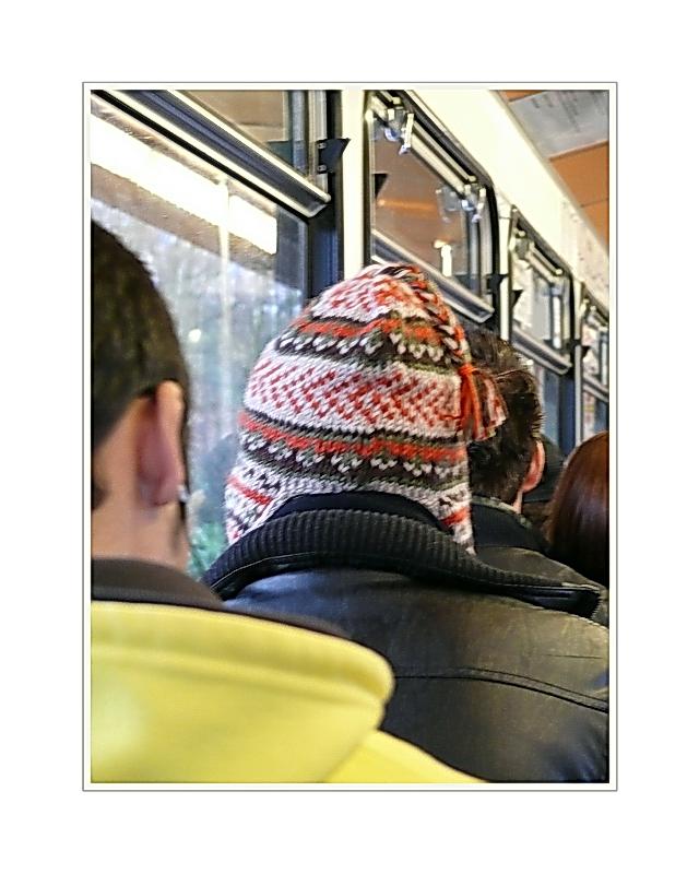 part of a <picture> story... er hat seine Mütze selbst gehäkelt