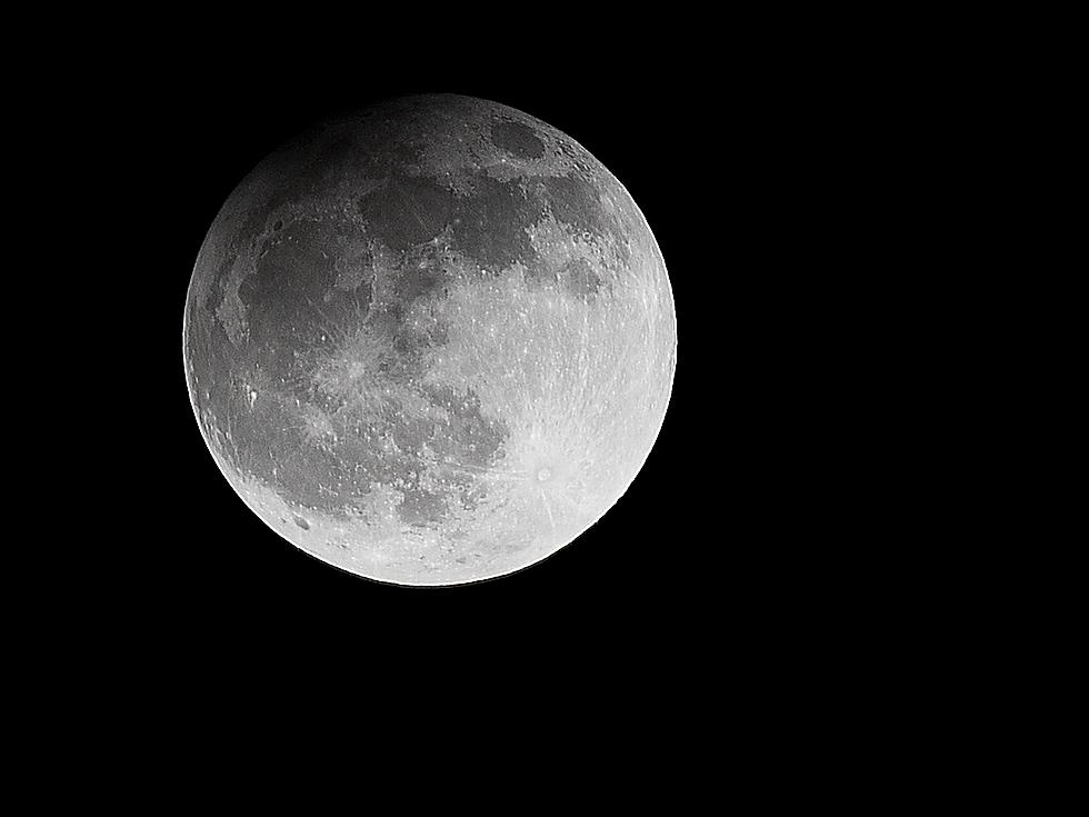 Partielle Mondfinsternis am 25.04.2013 21:34 Uhr