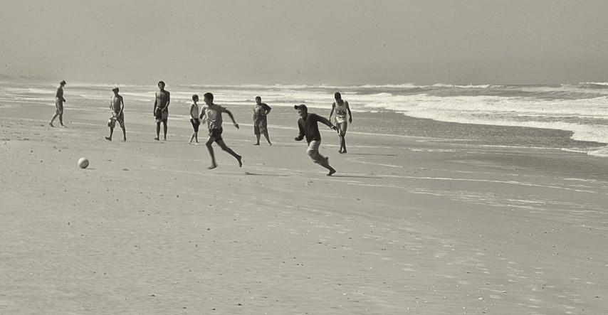 Partita alla spiaggia.