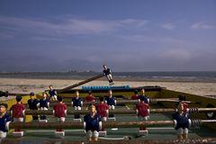 Partita di calcio in riva al mare