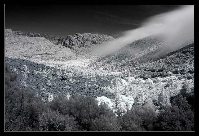 Passatwolken über der Cumbre auf La Palma
