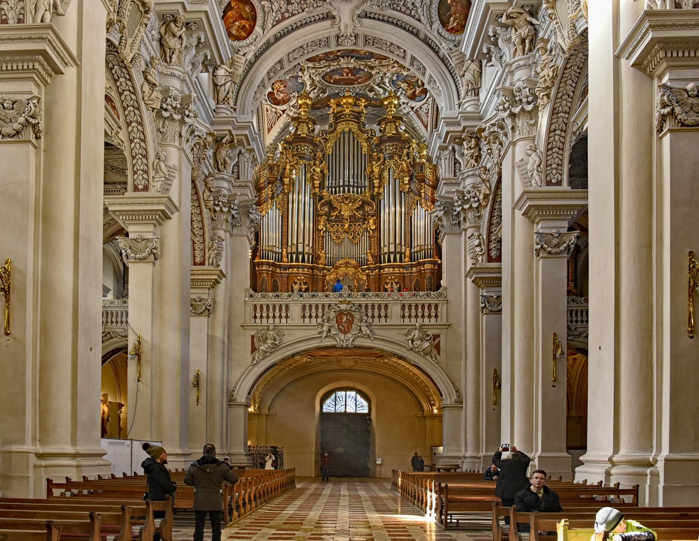 Passau Dom -   Größte Orgel der Welt.