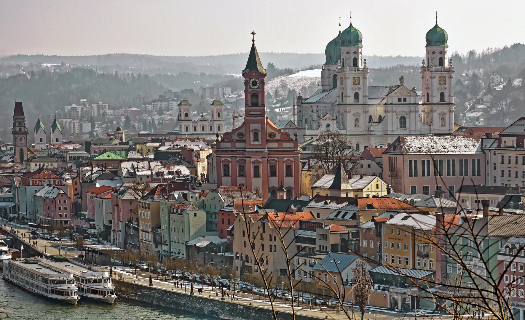 Passau Skyline im Winter