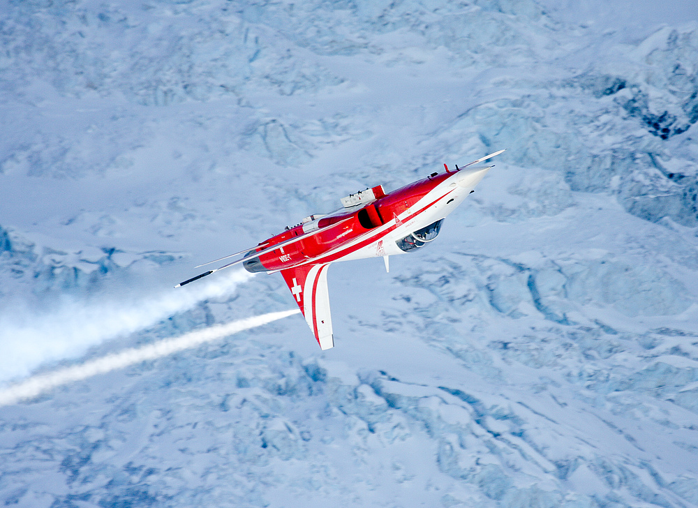 Patrouille Suisse On The Rocks