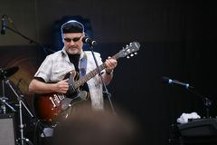 Paul Carrack -live-