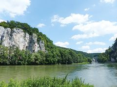 Pause VII.    Felsen am Donaudurchbruch