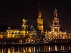 PC300925 - 2016 - Blick über die Elbe