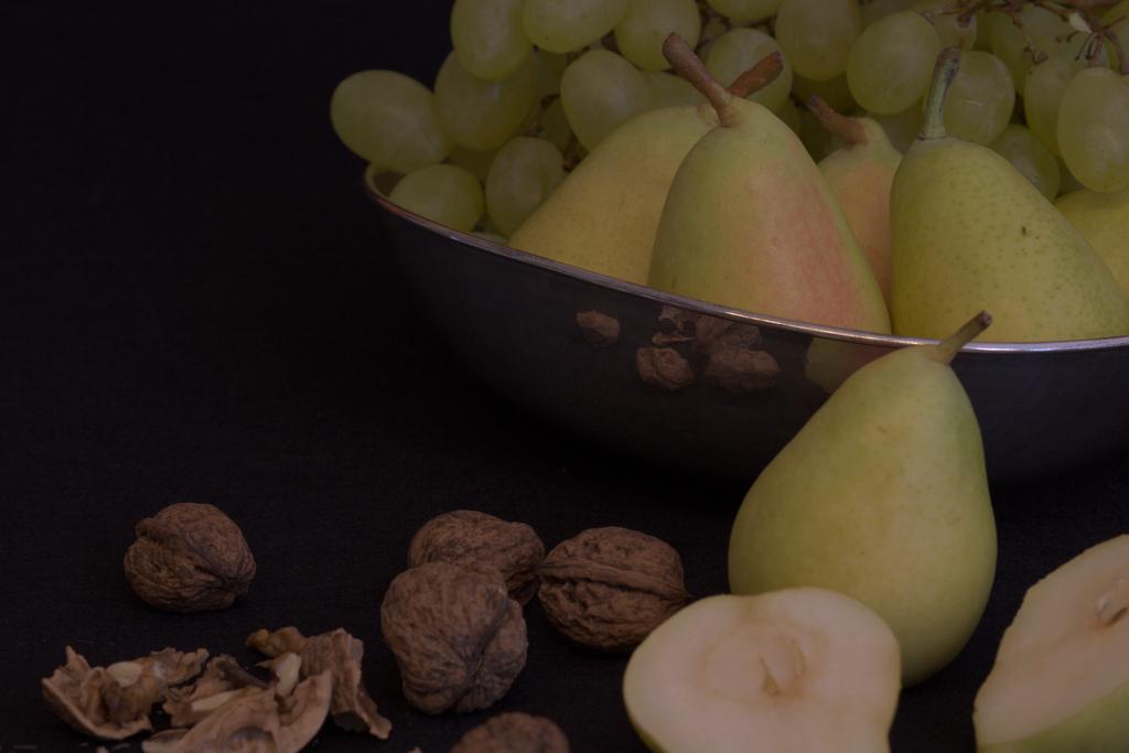 Pear & nut