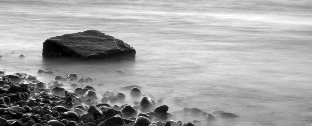 Pedras no lago.