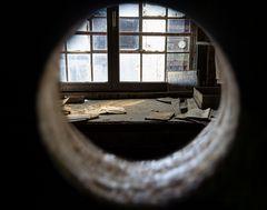 Peek Hole - Blick ins Büro im Stöffel-Park