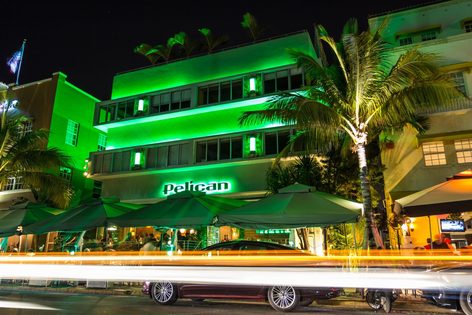 Pelican Hotel Ocean Drive