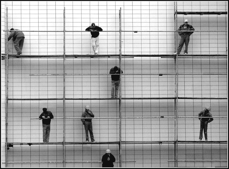 People and scaffoldings