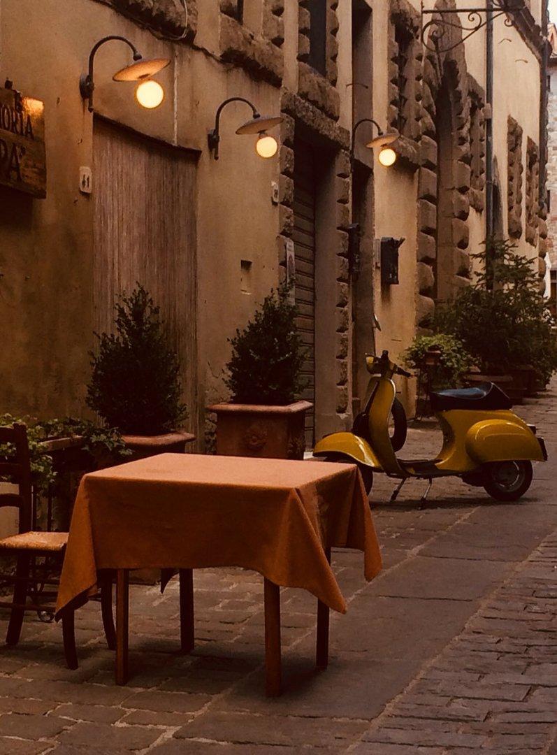 per i vicoli di Firenze