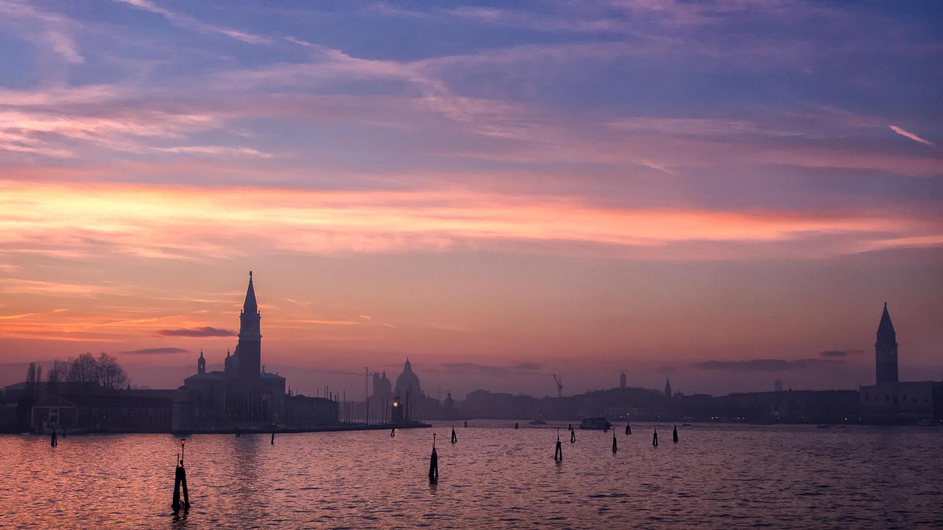 ...per Venezia, di qua...