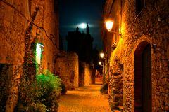 Peratallada bei Nacht