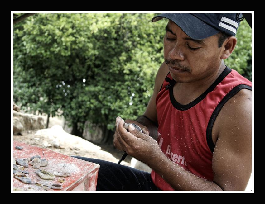 Perforar y reparar el ámbar