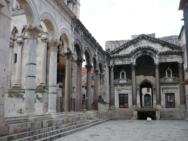 Peristilo del Palacio Dioclesiano -