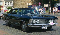 Personal Luxury Car
