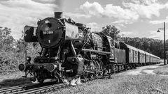 -- Personenzug der `60 Jahre --