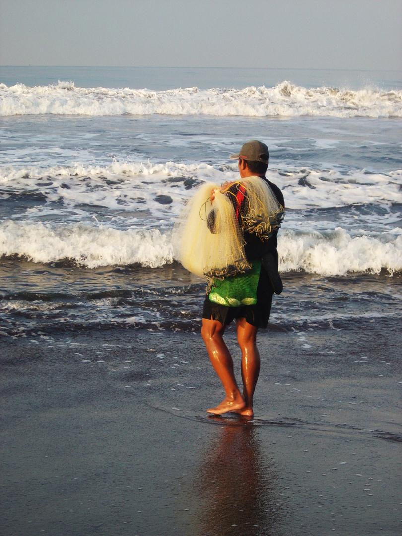 pesca, en El Salvador.