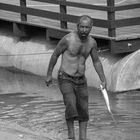 Pescador trabalhando