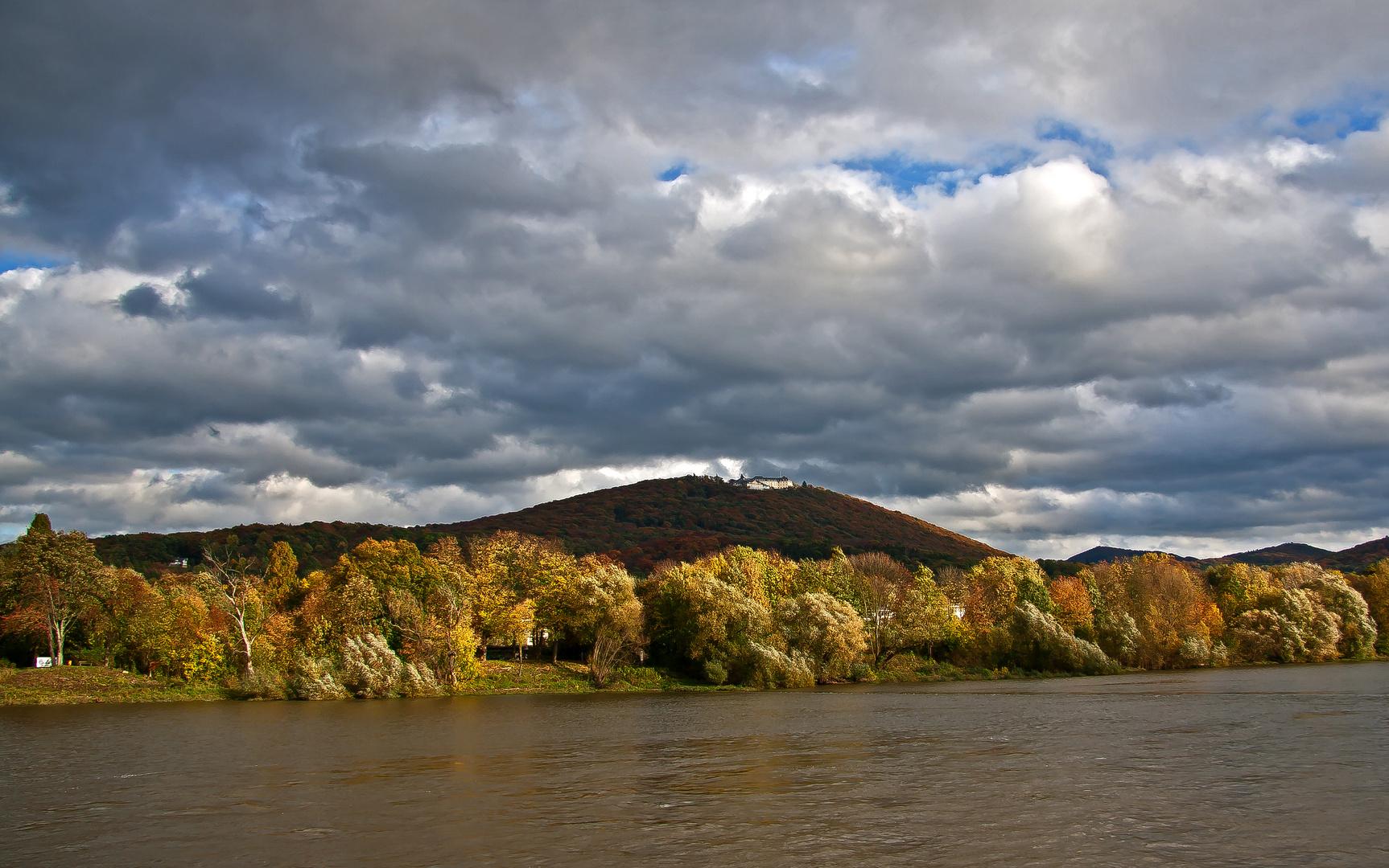 Petersberger Herbstwolken
