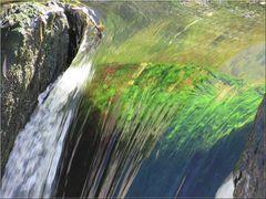 ..Petite cascade  du Loing (77)