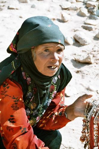 Petra - Schmuckverkäuferin