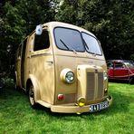 "Peugeot D4B Diesel ... alias ""Schweinenase"""