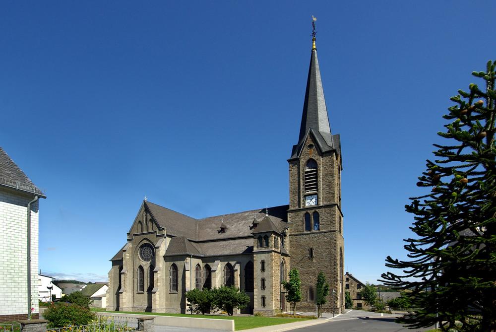 Pfarrkirche St.Quirinus Langenfeld / Eifel