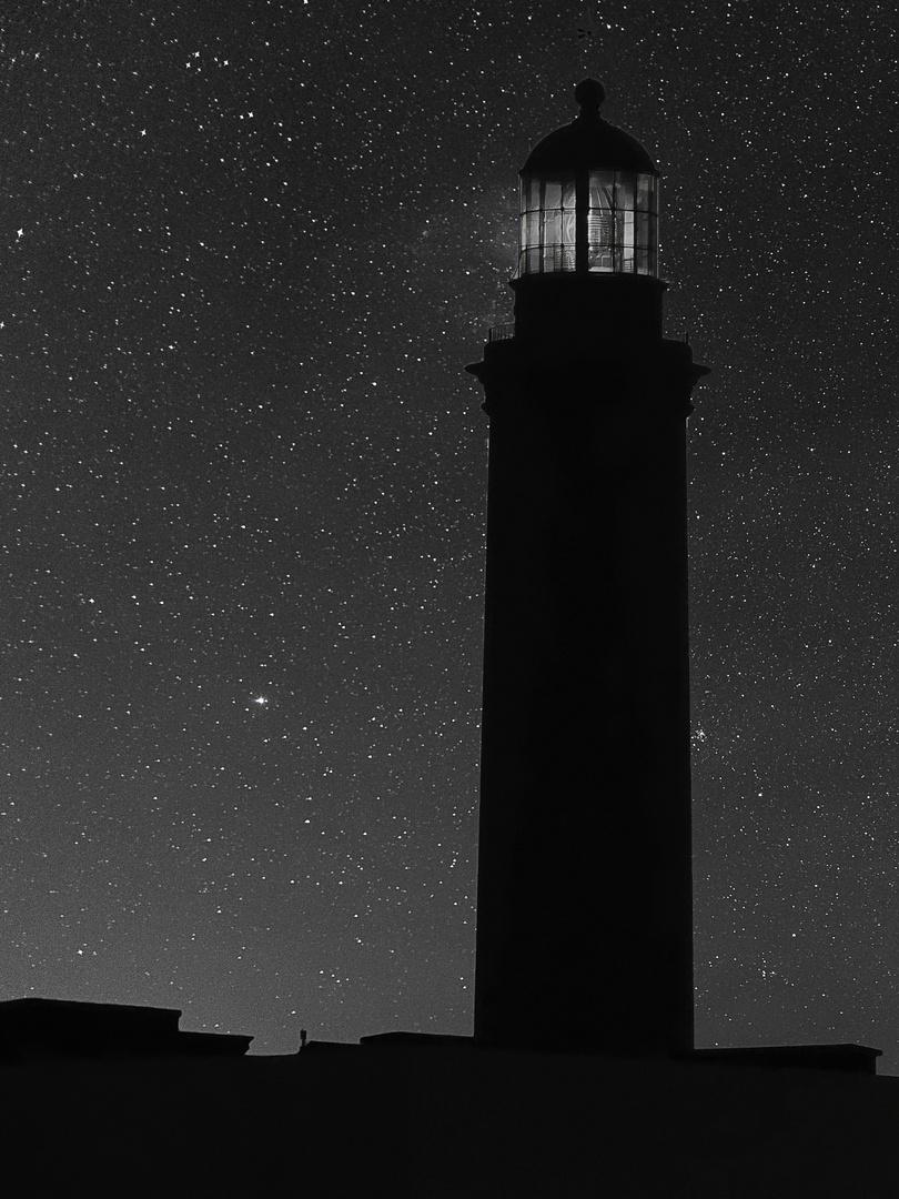 phare de maspalomas par une nuit étoilée