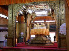 Phaungdaw Oo Tempel