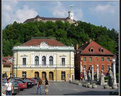 Philharmonie und Burg