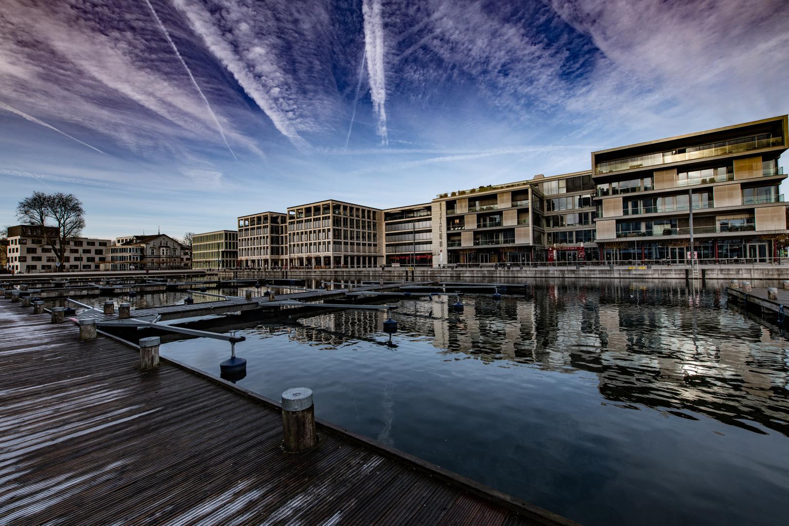 Phoenix-See, Hafenbecken