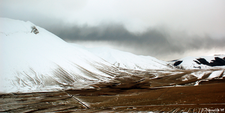 Piangrande di Castelluccio in inverno