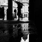 piazza de ferrari e i suoi riflessi (Genova)