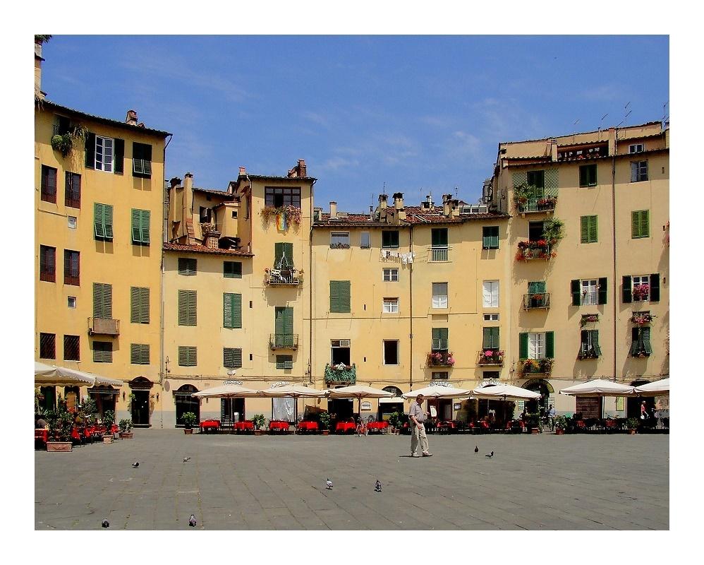 Piazza del Mercato...
