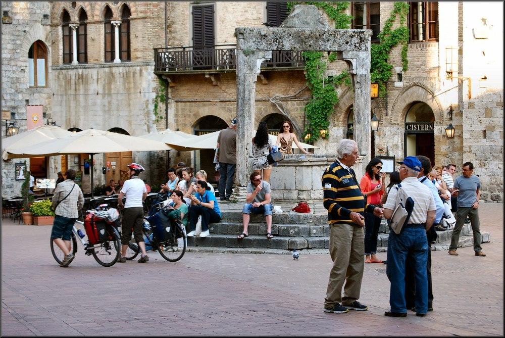 «Piazza della Cisterna»