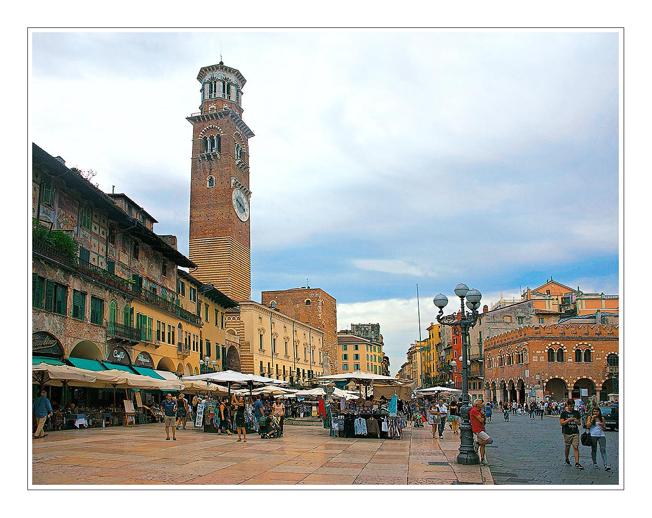 Piazza Erbe in Verona