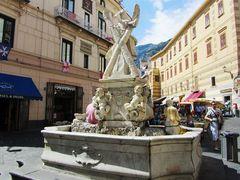 Piazza in Amalfi