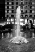 Piazza San Babila, la fontana