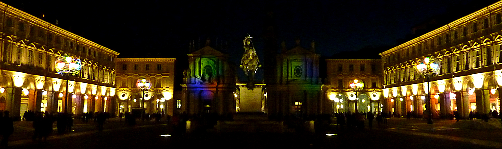 Piazza San Carlo di notte