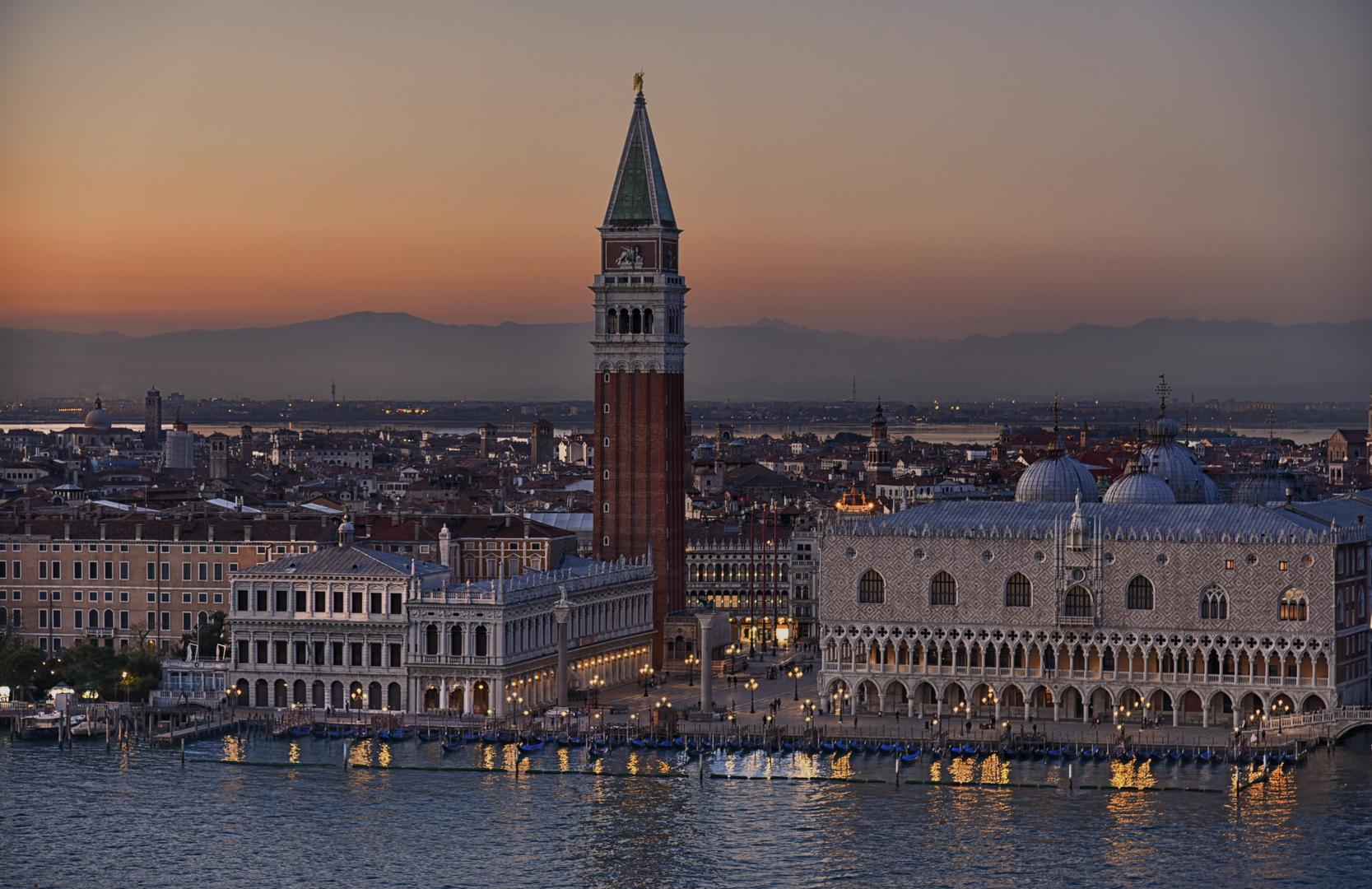 Piazza San Marco zauberhafter Novembertag 2020