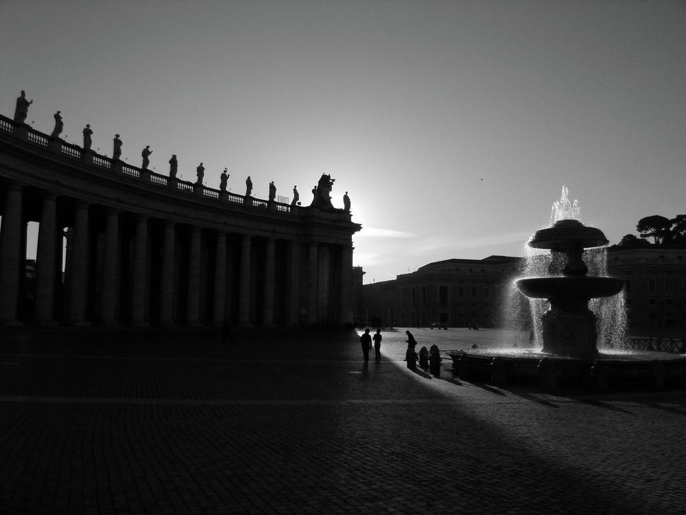 piazza san pedro (vaticano al amanecer)