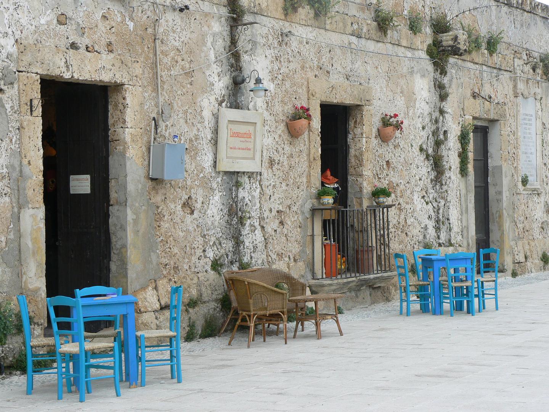 Piazzetta al mare in Sicilia