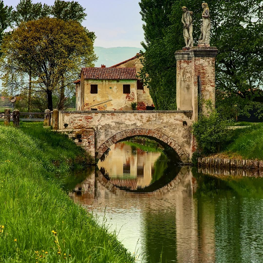Piccolo borgo rurale