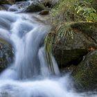 ...piedras y agua..