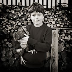 Pier und sein Huhn